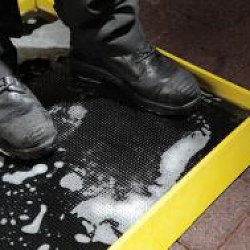 BootDip Safety Mat in Black / Yellow